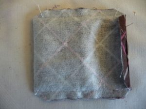 Emery pouch with corners clipped and opening pressed (Sewn By Tanya sewing tip)