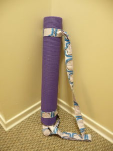 Sewn By Tanya Project Review | Universal Yoga Mat Sling by The Artisan Life - Yoga Mat Sling on a 5 mm thick yoga mat