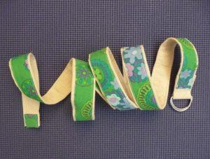 Sewn By Tanya Sewing Tutorial: No-Webbing Yoga Strap | No-Webbing Yoga Strap coiled on a yoga mat